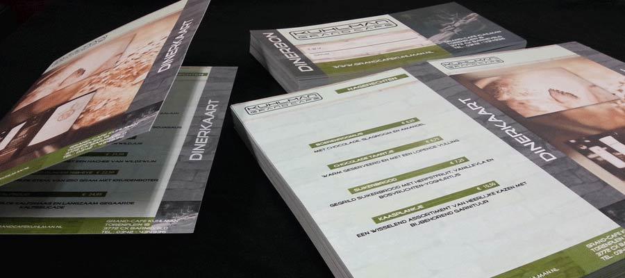 Dubbelzijdige menukaarten met rilrand (vouwrand) en waardenbonnen in Kuhlman huisstijl.